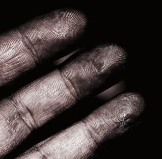 fingertips:skin